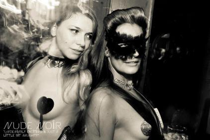 Bal Noir 16